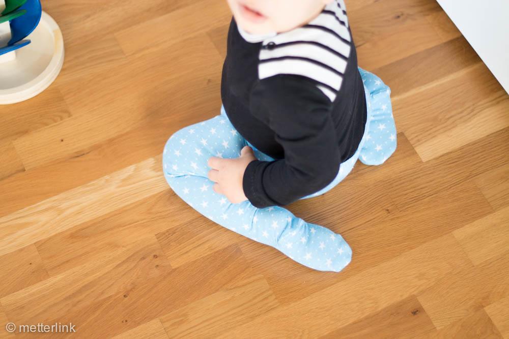 metterlink näht: Strumpfhose und Legging fürs Baby selber genäht