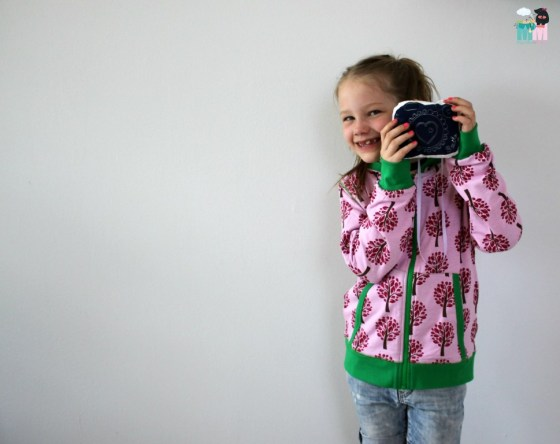 metterschlingundmaulwurfn_maxomorra_cardigan_hood_tree_fashion_kids (1)