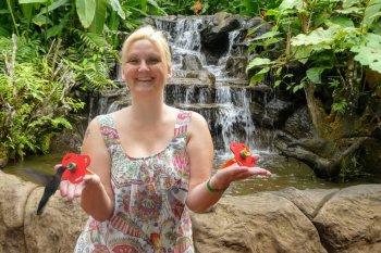 La paz waterfalls gerdens costa rica kolibri
