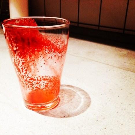 Rote-Bete-Smoothie ausgetrunken