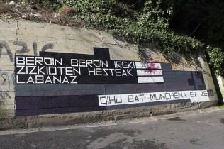 BERDIN BERDIN IREKI ZIZKIOTEN HESTEAK LABANAZ. OIHU BAT, MUNCHENA EZ ZENA . Lo sajaron igual. Hubo un grito, y no fue Munch
