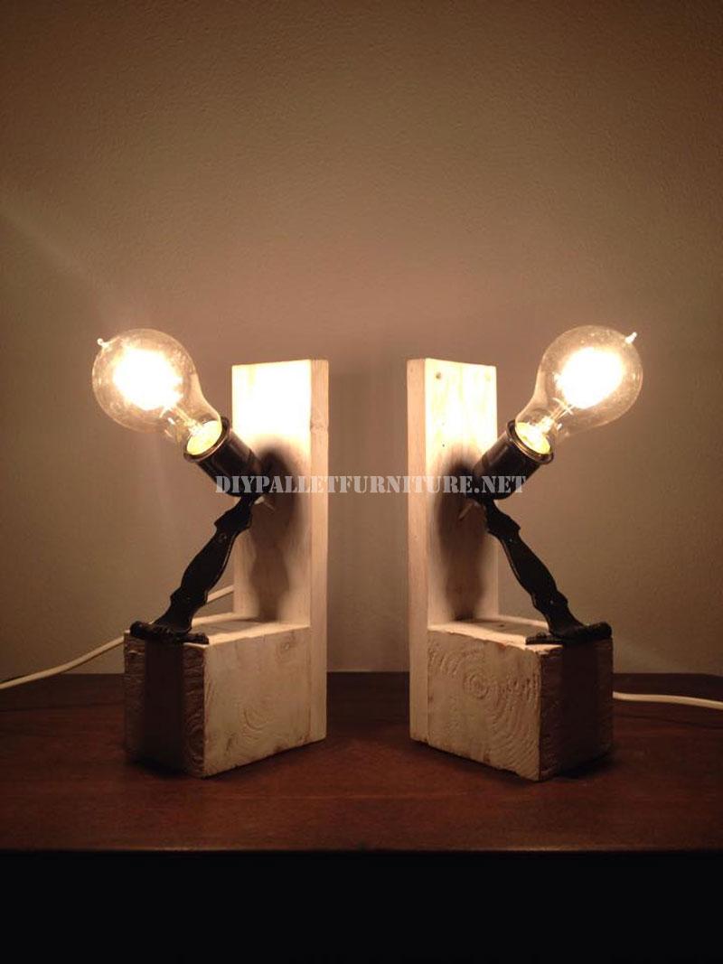 Lampes De Chevet Faites Avec Des PalettesMeuble En Palette