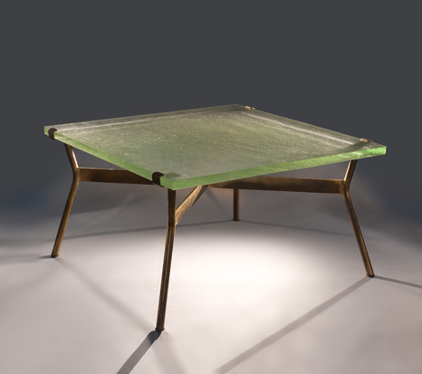table basse avec plateau en verre saint