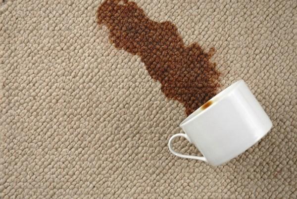astuces pour detacher son tapis