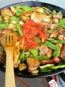 Carne, verdura, tomate... Meat, veggies, tomato...