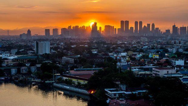 Amanecer en Manila