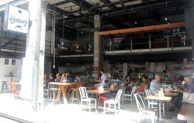 Cafetería del Indie Hostel, en Koh Tao