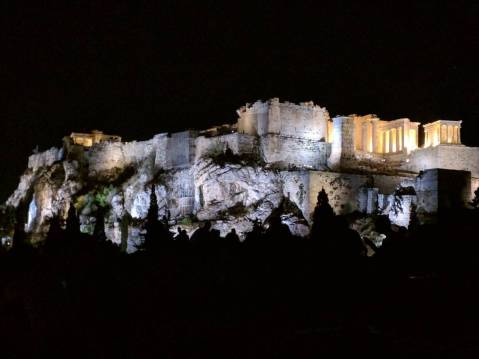 A bunch of us hung out on the hill overlooking the city and the #Acropolis. So breathtaking...it was magical :) #nofilter