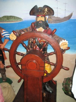 Pirate with Wheel JR 030714 (3)