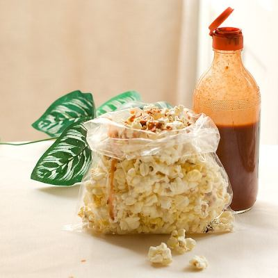 Palomitas con Salsa or Popcorn with Hot Sauce