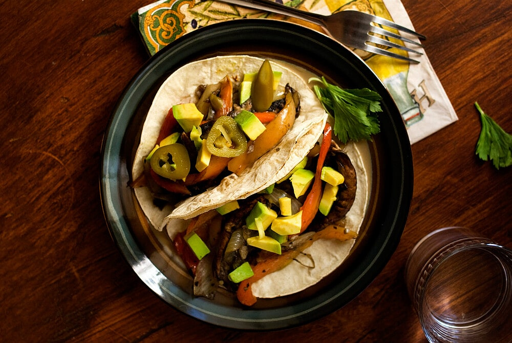 Portobello Mushroom and Cubanelle Pepper Tacos Recipe by @SpicieFoodie | #tacos #vegan #mushrooms #portobellos #cubanellepeppers