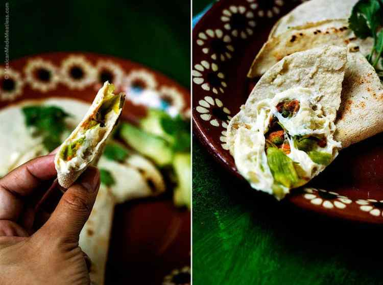 How to make #zucchini blossom #quesadillas. Once you taste them you'll never pass one up. | Como preparar quesadillas de flor de calabaza. #flordecalabaza #zucchiniblossoms #edibleflowers #Mexicanfood #vegetarian