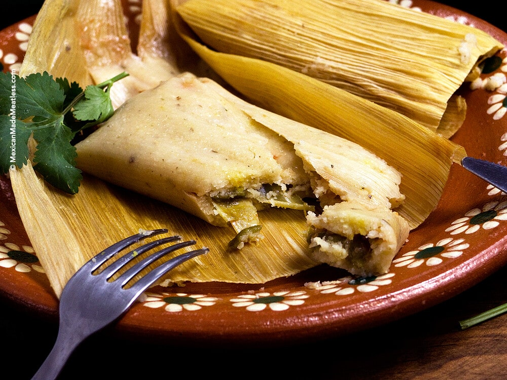 Jalapeno and Chihuahua Cheese Tamales by @MexicanMadeMeatless   #vegetariantamales #tamales #vegetarian #mexicanmademeatless