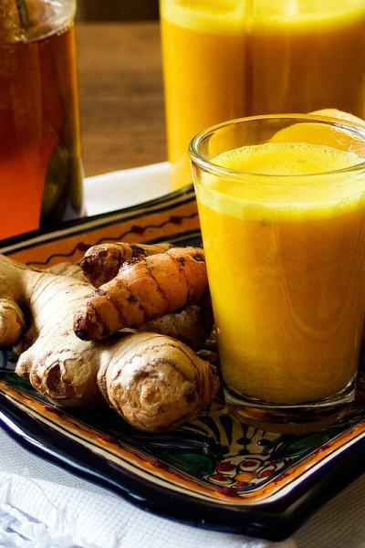 How to Make Ginger and Turmeric Shots (Video Recipe)