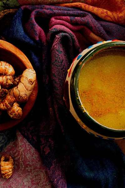 How to Make Turmeric Tea (Golden Milk)