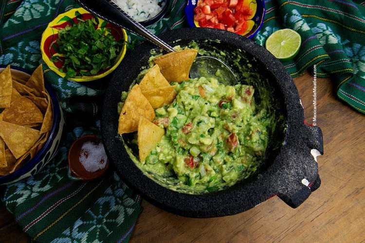 Small Batch Guacamole Recipe + Video