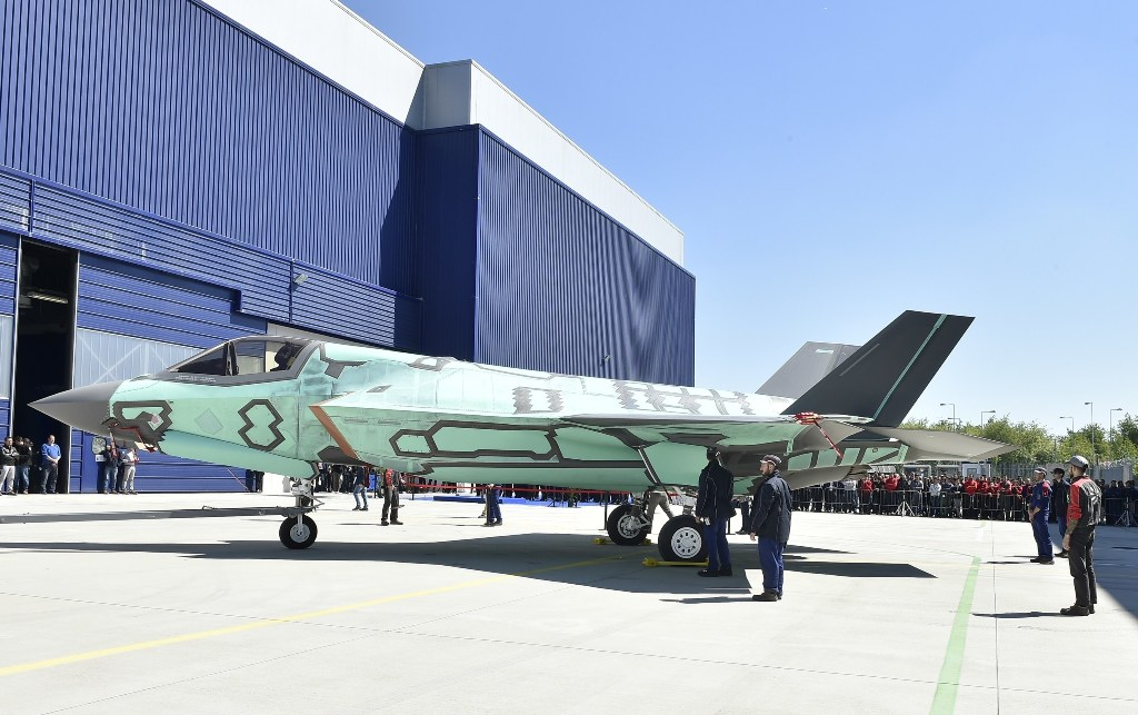 The first F-35B built at the Cameri, Italy, Final Assembly & Check-Out (FACO) facility rolls out May 5. (Aeronautica Militare Photo) (PRNewsfoto/Lockheed Martin Aeronautics ...)