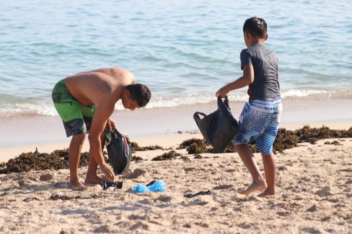 Garbage continues to be the greatest damage that tourists generate to Mazatlan beaches