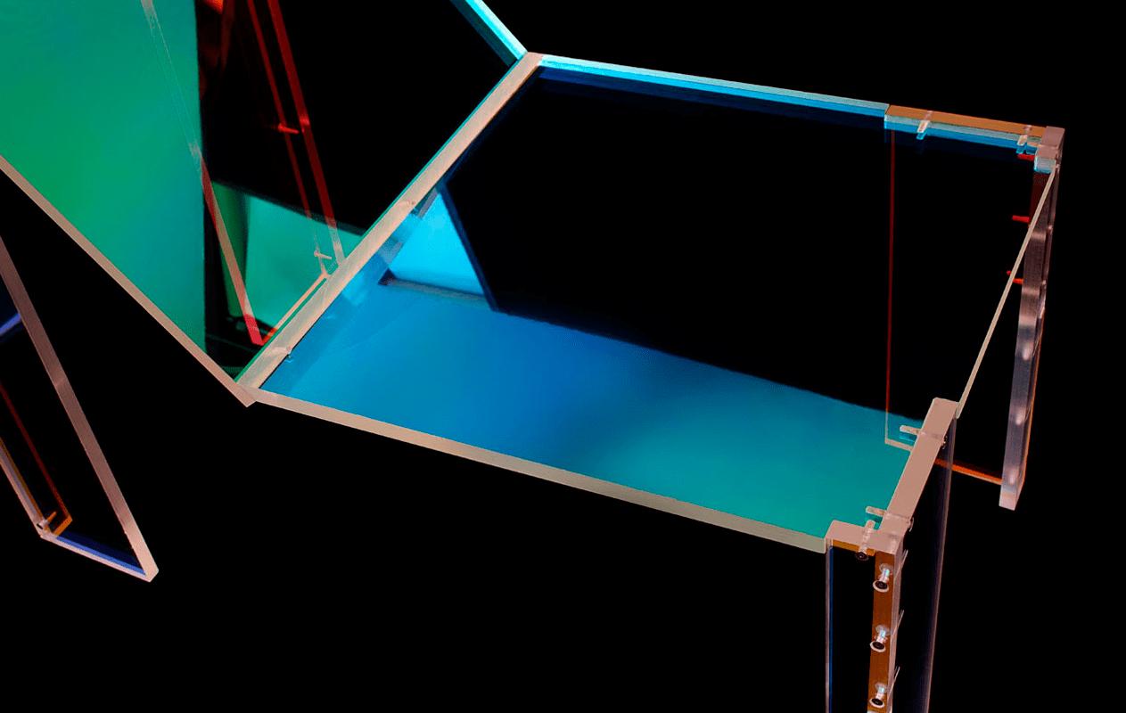 daft-punk-silla-acrilico-colores-arcoiris-2