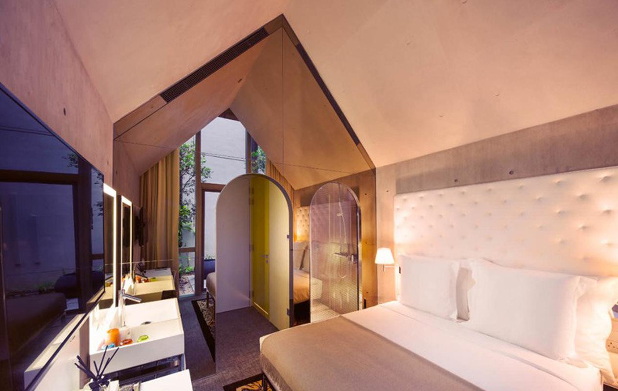 philippe-starck-m-social-singapore-hotel-1