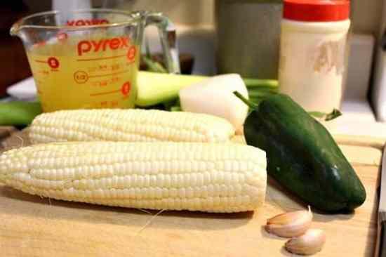 ingredientes para la Receta de crema de elote, sabrosa y fácil.