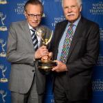 Ted Turner lamenta la muerte del legendario presentador Larry King a los 87 años