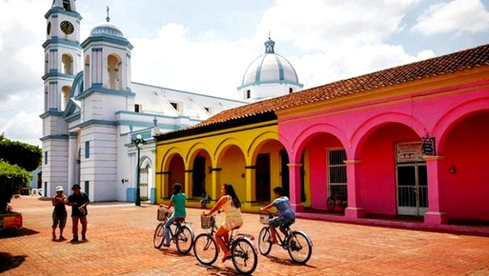 Fall in love with Tlacotalpan, the Pearl of the Papaloapan