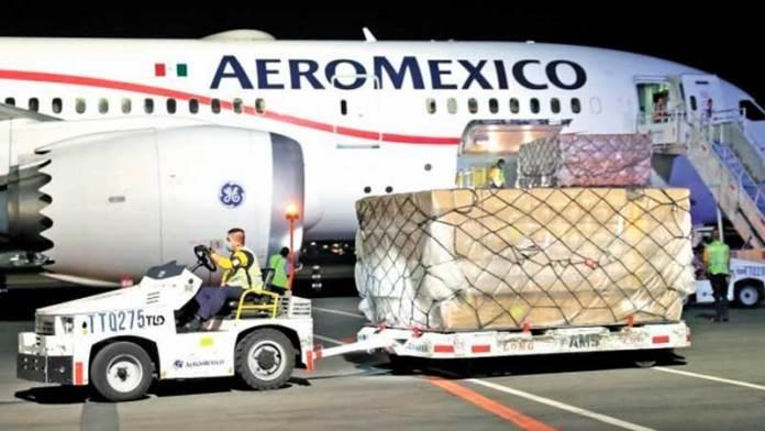 Transporte de carga aérea cae sólo 17%: IATA