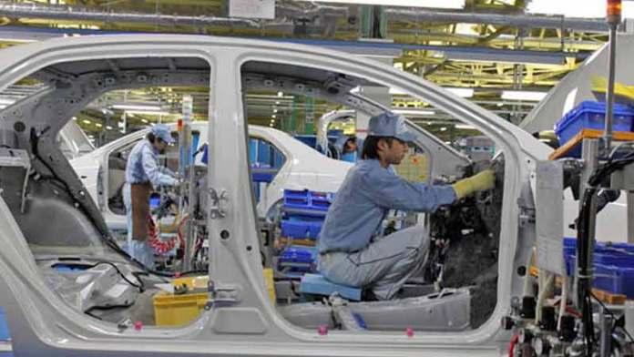Autos mexicanos pierden participación en Estados Unidos