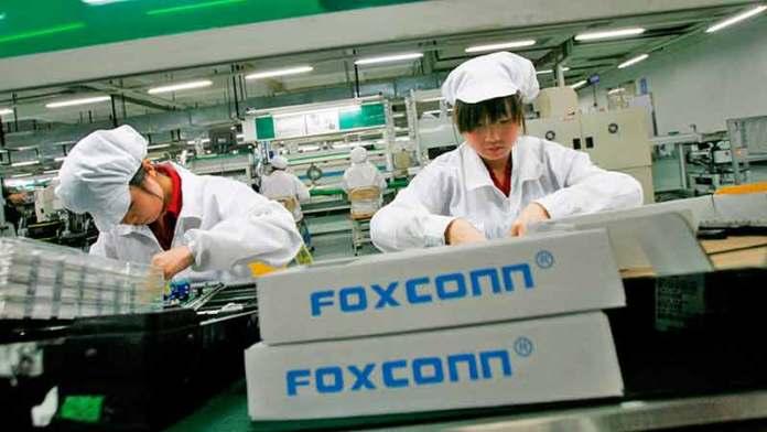 Foxconn y otras firmas asiáticas buscan nuevas fábricas en México