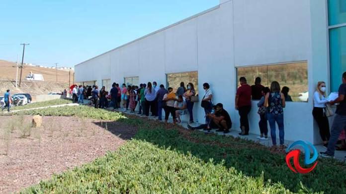 Largas filas en el IMOS para digitalizar documentos a transportistas