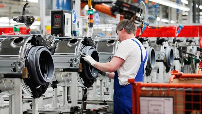 Encabeza manufactura recuperación de empleos
