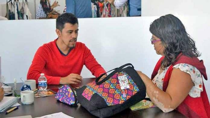 La Cofoce da a conocer los retos y oportunidades para el sector textil de Guanajuato tras la entrada del T-MEC