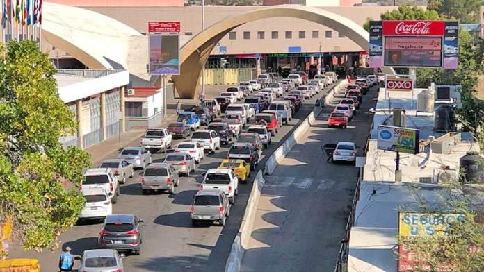 Aduana de Nogales planea estrategia para recibir a paisanos en fechas decembrinas