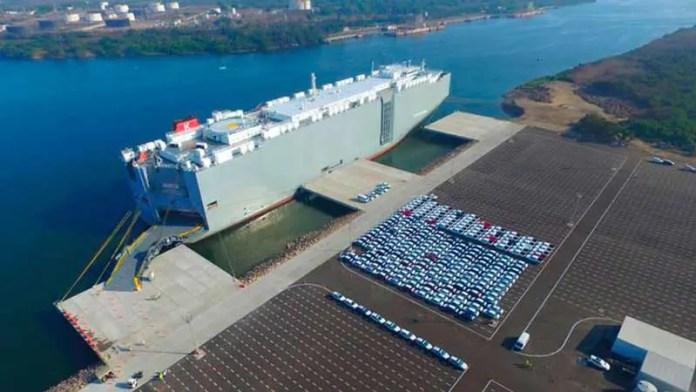 TEA del Puerto de Lázaro Cárdenas logra transferencia de 1 millón de vehículos en tres años