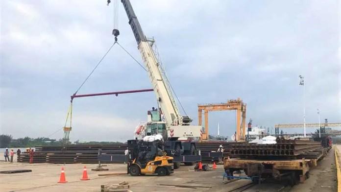Puerto de Coatzacoalcos recibirá 30.000 toneladas de riel para Tren Maya