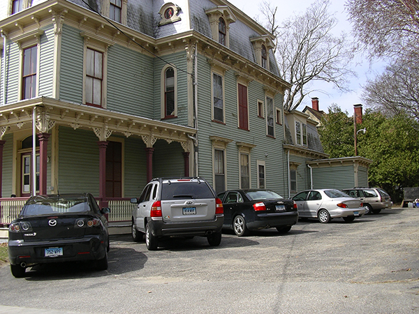 150 North Street Off-street Parking