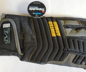 Medium Winter Armor Impact Mechanix Glove