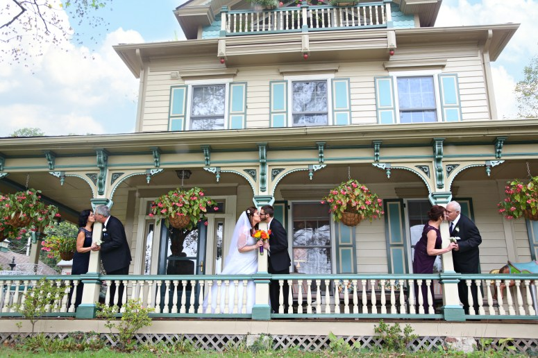 wedding family tribute photo parents porch photo