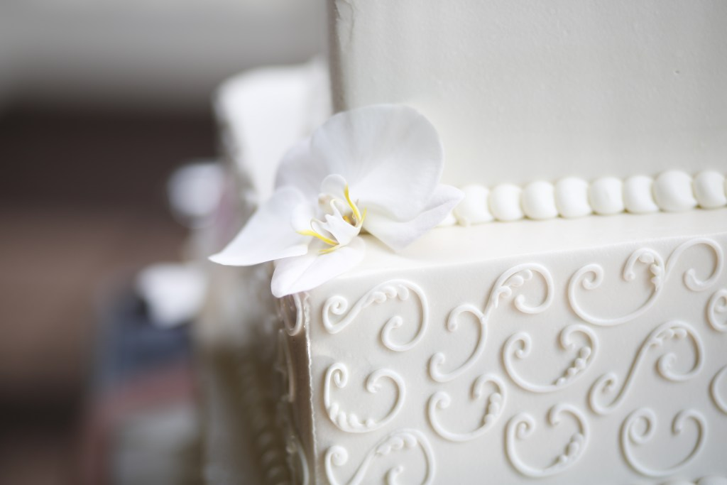beautiful wedding cake close up