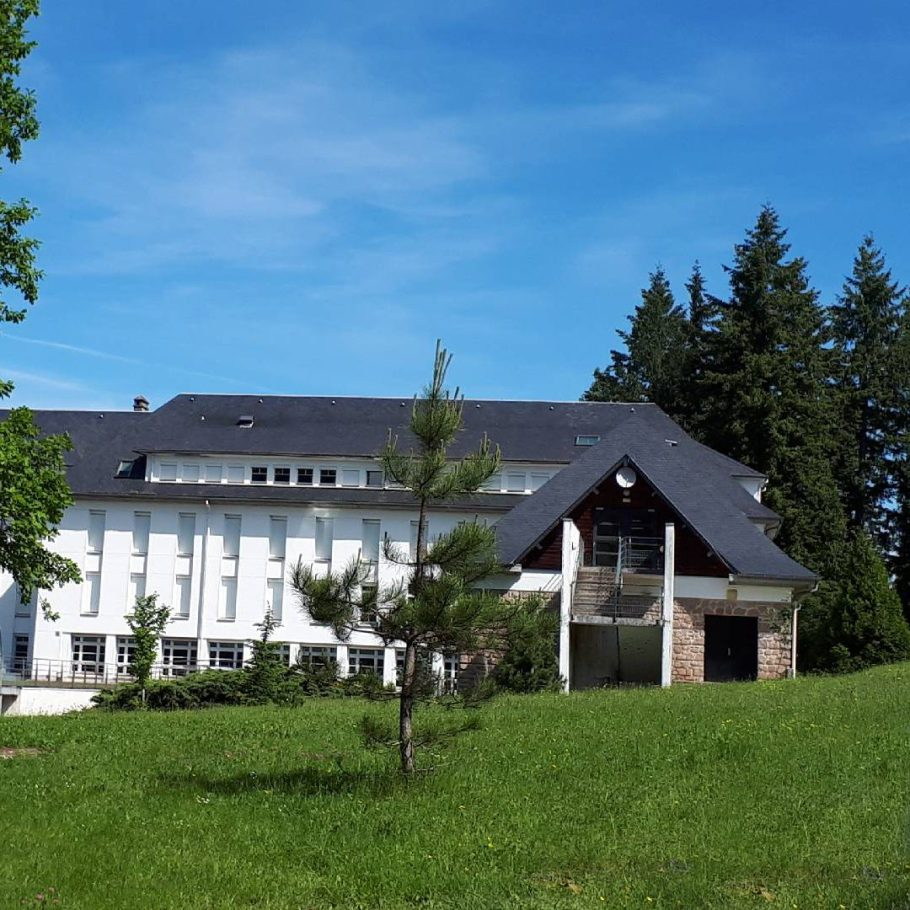 Lycée forestier de meymac bâtiment cours internat