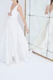 11-Carolina-Herrera-FW18-Bridal