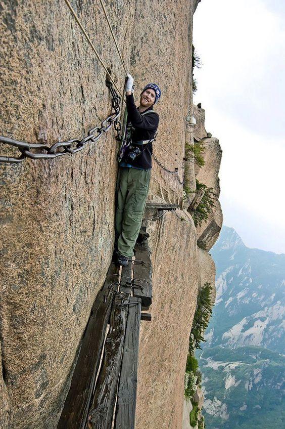 Huangshan climber.jpg