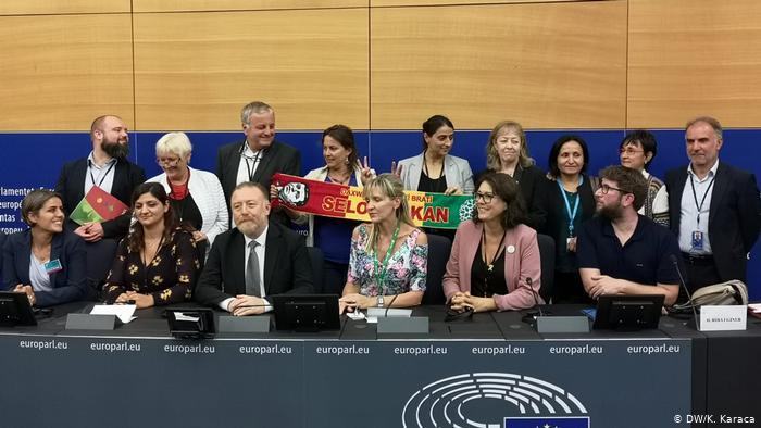 "Avrupa Parlamentosu'nda ""Kürt Dostluk Grubu"""