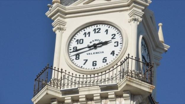 Valencia Uhr