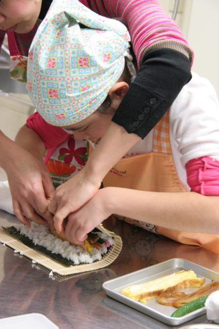 キッチンスタジオ◆横浜ミサリングファクトリー-巻き寿司2