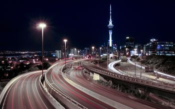 Night_lights_tower_highway_downtown_roads_auckland_long_exposure_skyscapes_1920x1200