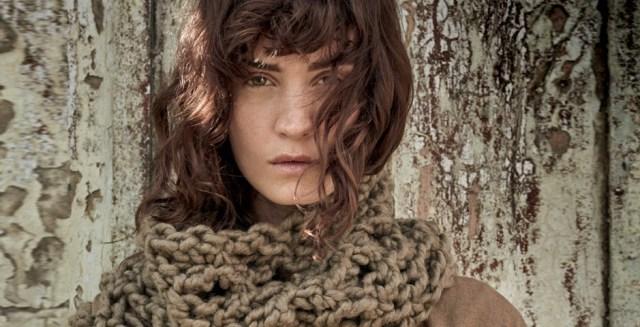 O tricô é protagonista deste inverno (Foto: Nicole Heiniger (SD MGMT) / Produção de moda: Paulo Martinez (SD MGMT))