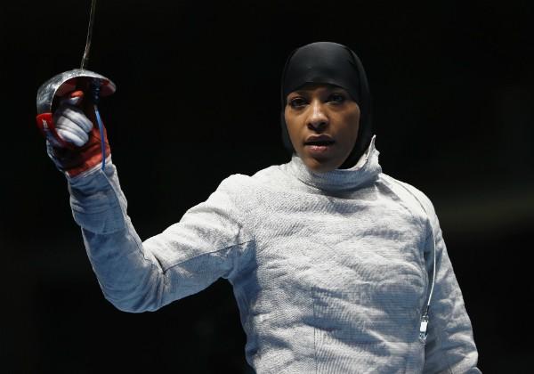 Ibtihaj Muhammad, atleta dos Estados Unidos (Foto: Getty Images)