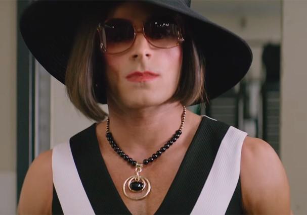 Zac Efron em cenas do novo filme